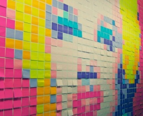 Post it notes stuck to a wall